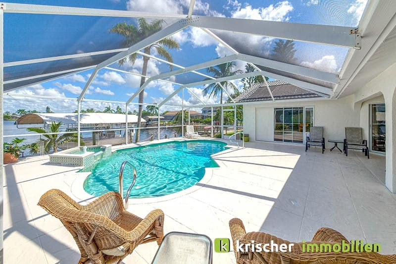 Krischer Immobiliensw-51st-terrace-cape-coral-print-001-24_pool_2