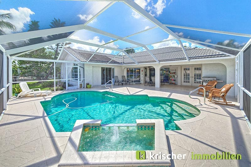 Krischer Immobiliensw-51st-terrace-cape-coral-print-001-24-pool