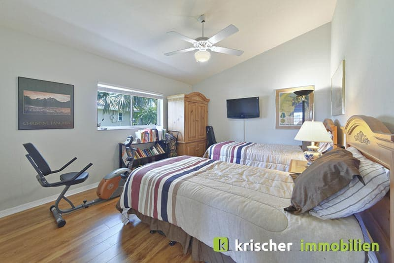 Krischer Immobiliensw-51st-terrace-cape-coral-print-001-24_bed2