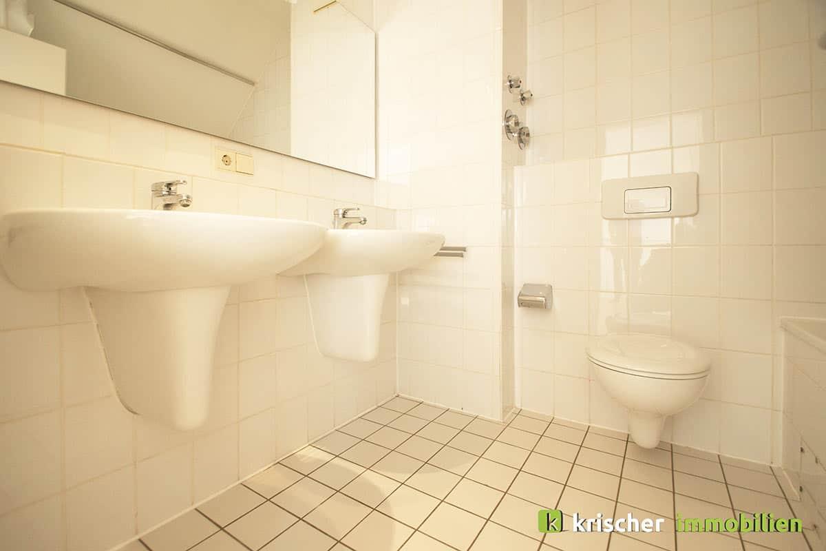 carlstadt_maisonette_badezimmer Krischer Immobilien