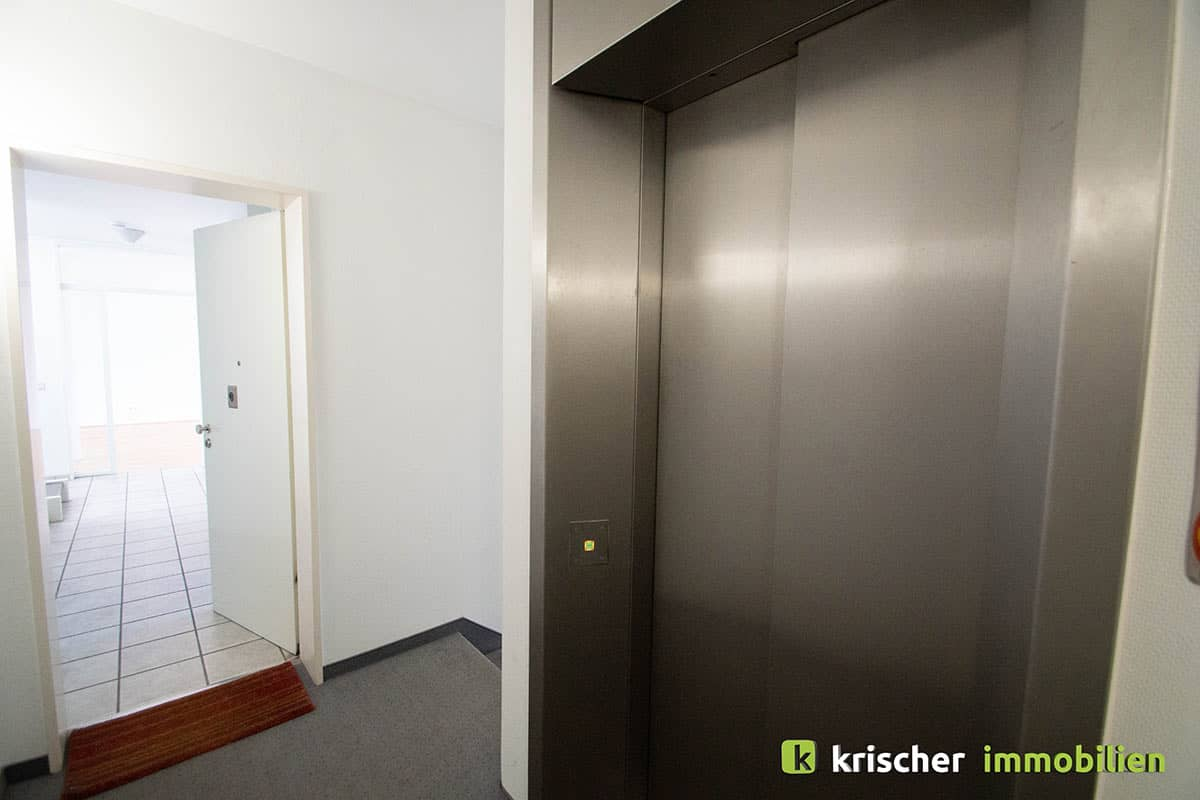 carlstadt_maisonette_treppenhaus Krischer Immobilien